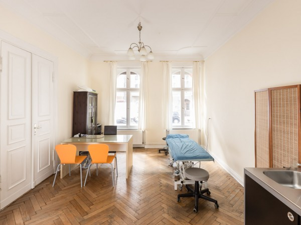 osteopathic treatment room 3